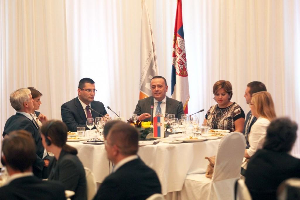 NALED - Radni susret s ministrom Aleksandrom Antićem (1)_1200x800