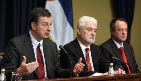 Bankari tek treba da pretoče mere u ponudu građanima: Šoškić, Cvetković i Dugalić