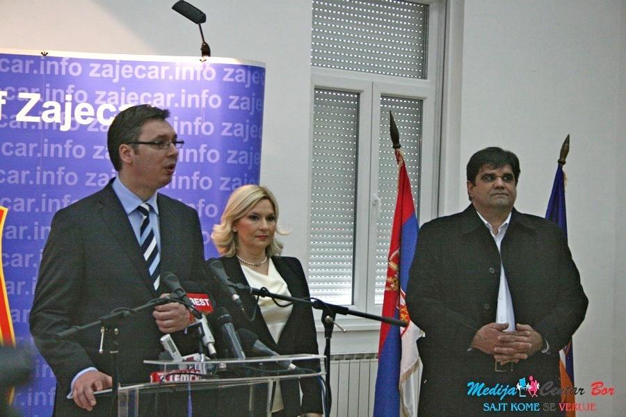 Vučić: Borba protiv kriminala i na lokalu