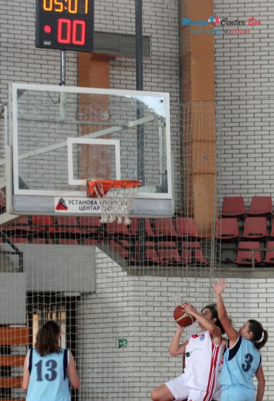 Pobeda košarkašica Bora protiv Topličanina 89:35