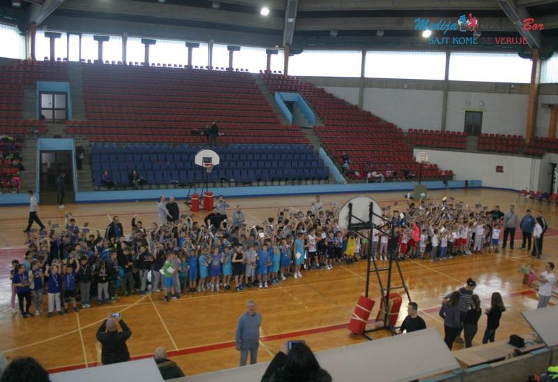Mini basket festival u Boru