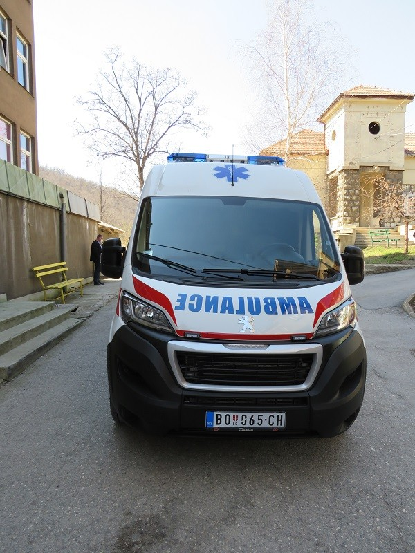 Nova sanitetska vozila za Bor i Knjaževac